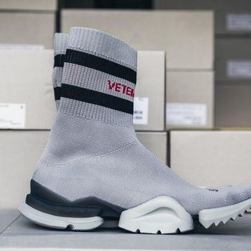 ICIKIN2 Vetements Hong Kong Pop Up Limited Sock Runner Grey