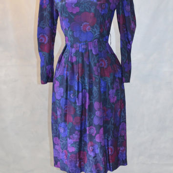 1980s vintage dress by Lanz Petite.  Floral Print in Purple Gem Colors. Iridescent. Sweetheart Neckline. Fitted, Tapered Sleeve. Size 6