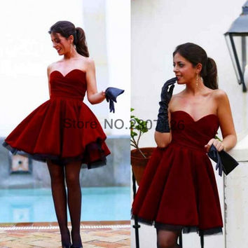 Burgundy 2017 Cocktail Dresses Sweetheart Neckline Short Wedding Party Dress Bride Gowns Robe De Cocktail