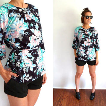 Black & Pastel Floral Print Raglan Blouse 70's Scoop Neck Top