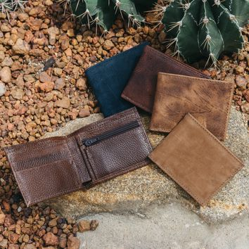 Coin Pocket Wallet   Small Leather Bifold Wallet with Coin Pocket   Small Mens Handmade Leather wallet