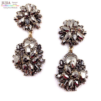 2017 New HOT SALE High quality black color  Z statement  fashion Z A  stud Earrings for women girl party earring