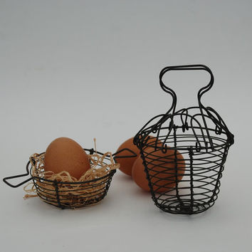 Antique Child Toy Kitchen Utensil - Child Small metal wire basket - French country decor - A set of two...