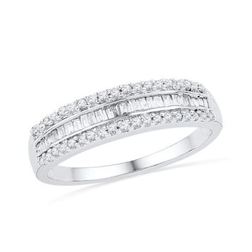 CERTIFIED 1/4 cttw 10KT White Gold Baguette and Round Diamond Fashion Ring
