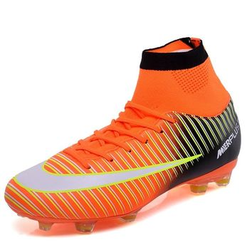 Kids High Tops Soccer Shoes 2018 New Outdoor Training Long Spikes Non-slip Soccer Cleats Ankle Boots Boy And Girl