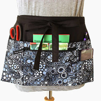 Vendor apron - Teacher Apron - Waitress apron - half apron - zipper pocket - utility apron - waist apron - money apron - craft show apron