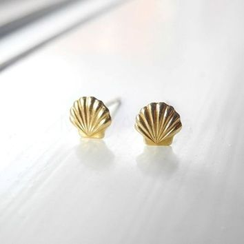 30Pair- Fashion Sea Shell Earrings Seashell Stud Earrings Beach Conch Earrings Nautical Ariel Mermaid Studs Jewelry