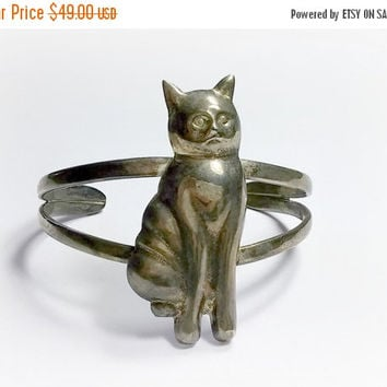 Vintage Sterling Silver Cat Cuff Bracelet Cat Bracelet Cat Jewelry Cat Lovers Piece Darkened Metal Heavy Patina Oxidation Fun Jewelry Piece