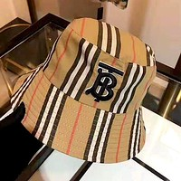 Burberry 2019 new personality female models wild fisherman hat