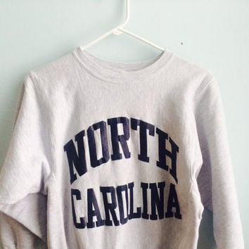 university of north carolina UNC champion reverse weave crewneck sweater / medium