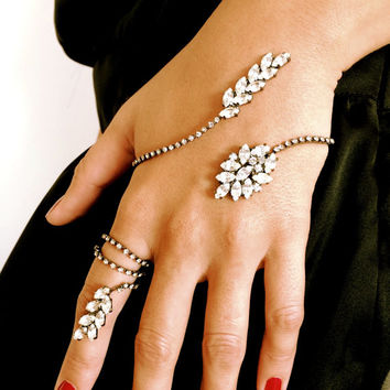 Hand Bracelet-Ring-Hand Cuff Chain Wraps-Slave Stackable Bracelet-Hand Finger Jewelry-Unique Elegant Bracelet-Wedding Jewelry