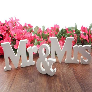 Wedding decor 3 pc/set Mr & Mrs