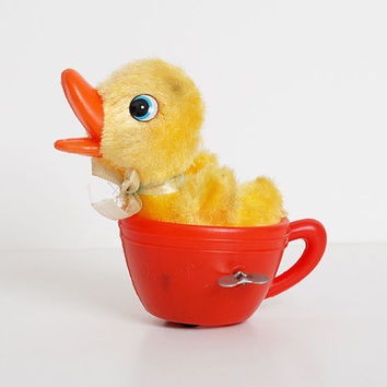 Vintage 50s 60s Duckling in Tea Cup Wind Up by twinheartsvintage