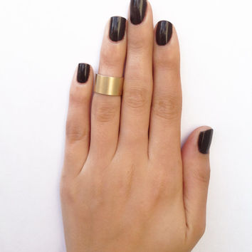 Cuff matt gold knuckle ring - cuff gold midi ring