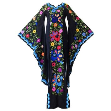 Hot style printed dresses are hot sellers in women's fashion
