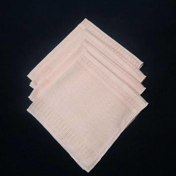 1980s Vintage Set of 4 Peach Dinner Napkins with Woven Cut Work Details, 17 x 16 Inches, Polyester Content, Vintage Napkins, 1980 Home Decor