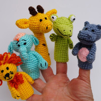 Crochet finger puppets finger theatre amigurumi play theater finger toy africa animals  safari baby shower gift toys for babies Waldorf toy