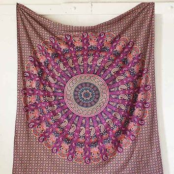 Magical Thinking Jessa Scalloped Medallion Tapestry