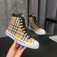 TOP Quality 2020 office Burberry Womens Classic Lattice Printing Leather Zipper Ankle Short Boots Flats High Heels Shoes Winter Autumn white beige brown