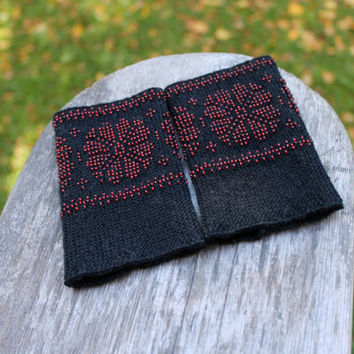 unique fingerless gloves, black and red, arm warmers with flowers pattern, wrist warmers beaded, beaded cuff, luxurious cashmere wool, gift