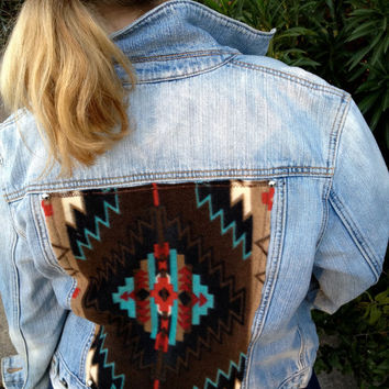 Aztec Tribal Baha Levi Banana Republic American Eagle Studded Jean Jacket Distressed Vest Navaho Indian Southwest Denim  Country Cowgirl