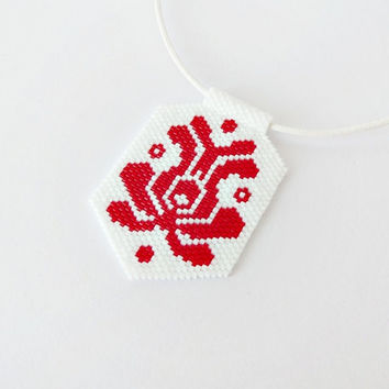 CHRISTMAS IN JULY!!! Hungarian folk art beadwork necklace, Matyó necklace, white red tulip pendant, floral necklace, folk motif jewelry