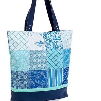 Tote bag in pathwork style. Navy blue bag. Cotton beach bag. Cotton shoulder bag. Patchwork bag.