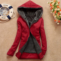 2016 Autumn and Winter Women Fleeve Hoodies Casual Sweatshirt Thicken Warm Coat Female Outerwear Jacket Plus Size 68