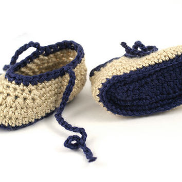 Crochet Baby Booties in Navy Blue and Tan // 3 to 6 Months // Crochet Baby Slippers with Ties // Baby Boy Shoes