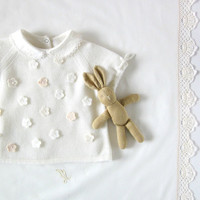 Knitted sweater with short sleeves and little felt flowers. Off white. 100% merino wool. READY TO SHIP size 3-6 months.