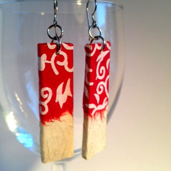Red White Handmade Hanji Paper Earrings OOAK Dangle Earrings Flower Pattern Korean Hanji Hypoallergenic hooks Lightweight