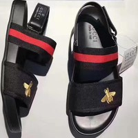 GUCCI : Bee embroidered buckle exposed toe fashionable beach shoes slippers