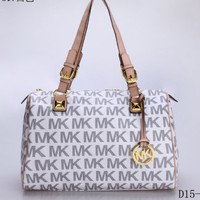 Fashion Letters Print European Style Handbag