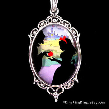 Snow White pendant Princess silver necklace Apple by RingRingRing