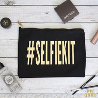 SELFIEKIT // Makeup Bag