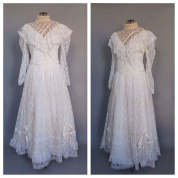 Size 20 jessica mcclintock bridal vintage from alicksandraflin on size 20 jessica mcclintock bridal vintage white lace wedding gown long sleeve wedding dress victorian little junglespirit Image collections