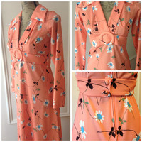 1970's Vintage Maxi - Orange Maxi - Daisy Flower Floral Print - Belt - Long Sleeves - Collar - 70s seventies 1970's - Hippie - Mary Martin