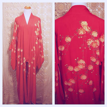 Sale !!! 1940s/1950s CRIMSON scarlet vermilion RED kimono sleeve duster jacket dressing gown loungewear Hand Painted asian