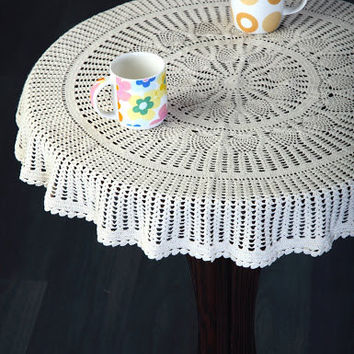HANDMADE CROCHET TABLECLOTH- Temple Pillar  Design - Kitchen Table Decor- Wedding Decor
