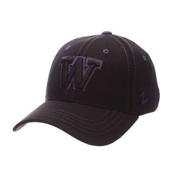 Licensed Washington Huskies Official NCAA Black Element X-Small Hat Cap by Zephyr 098806 KO_19_1