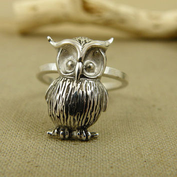 Owl ring , sterling silver ring , metalwork jewelry , silver modern ring , stacking ring