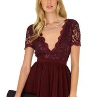 Missguided - Aleena Lace Plunge Puffball Dress In Burgundy