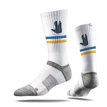 Strideline Assembly Alien Squad, Strapped Fit 2.0, White Crew Socks, NEW