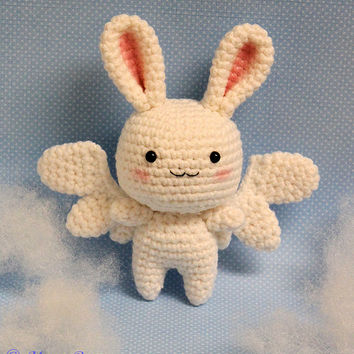 Flying Rabbit Amigurumi Angel Toy (Crochet Pattern)