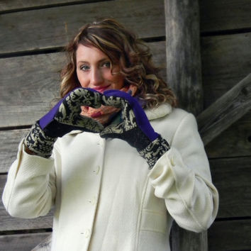 Purple Mittens, Wool Sweater Mittens, Recycled Mittens, Women's Mittens Handmade in Wisconsin Fleece Lined Gift Upcycled SweatyMitts Paisley