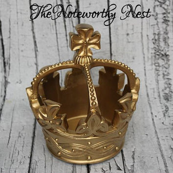 Crown Decor // Gold Crown // Resin Crown // Large crown // Cottage Decor // Gold Decor