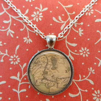 Lord of the Rings Necklace, LOTR Pendant, Map T683