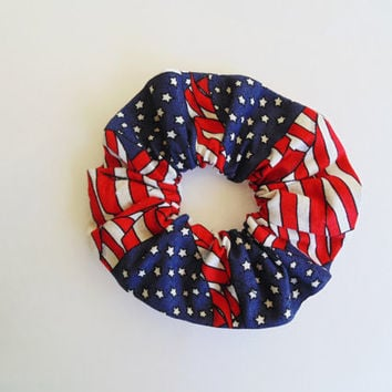 4th of July hair scrunchie, america hair scrunchie, summer hair scrunchie, hair accessory, summer scrunchie, stars and stripes scrunchie