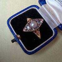 Early Victorian 18 ct gold pearl and 22 diamond ring marquise shape