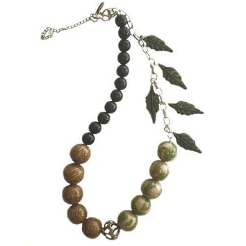50% OFF CODE BUY50 Necklace Bloodstone with Leafs